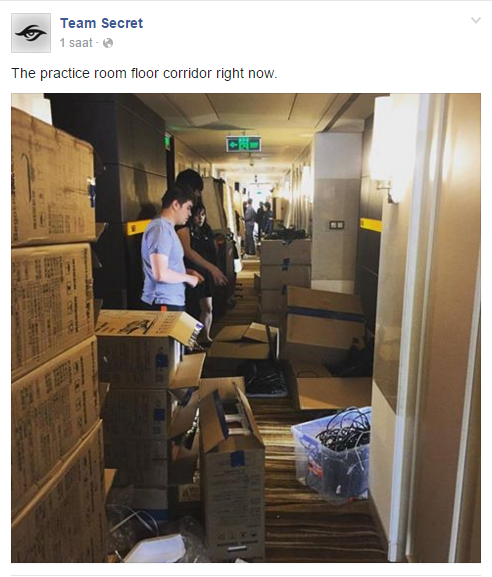 Antreman odalarının bulunduğu koridorun durumu.